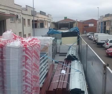 Carga e inicio Montaje Vivienda ECO en Guadix-Granada