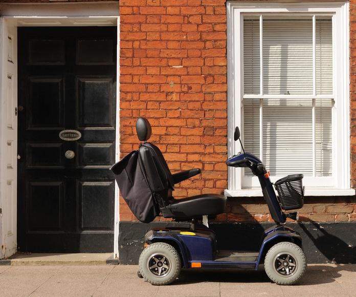 ¿Qué diferencia a una silla eléctrica de un scooter?
