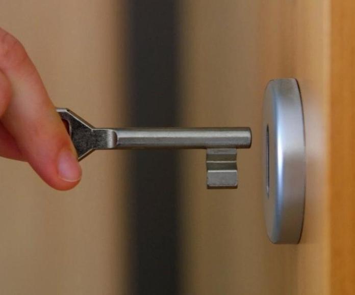 Cambio de cerraduras : Servicios  de Cerrajería Jiménez