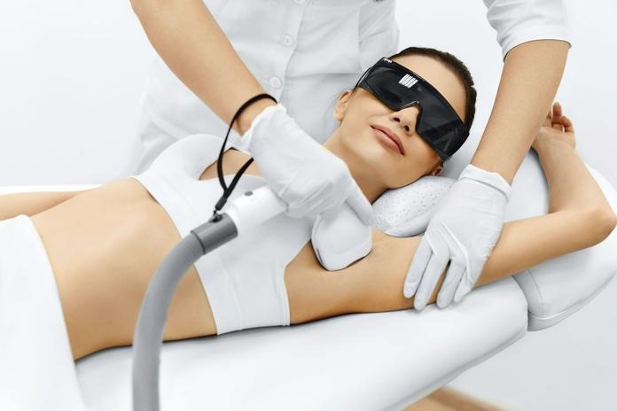 Procedimiento a la hora de realizar un tratamiento de depilación láser o depilación eléctrica