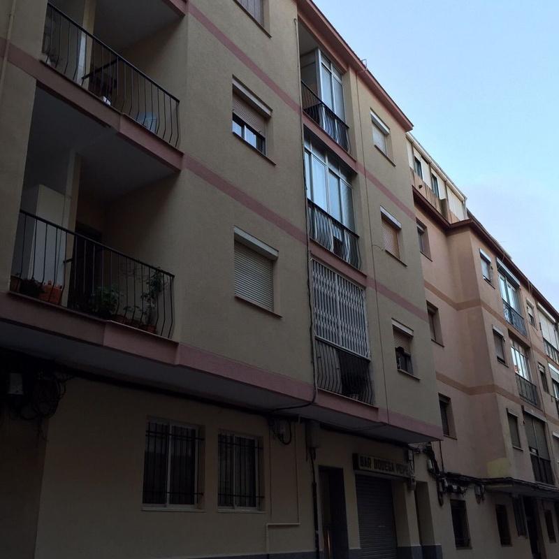 Rehabilitación de fachada con aislamiento térmico