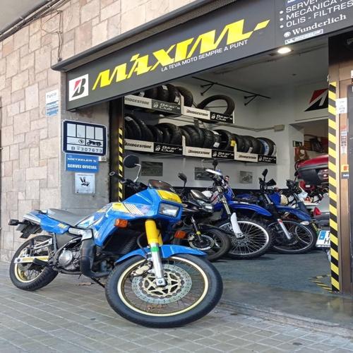 Neumáticos de moto en Les Corts Barcelona