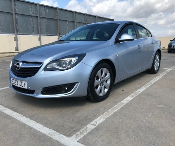 Opel Insignia 2.0 cdti 140 cv selective