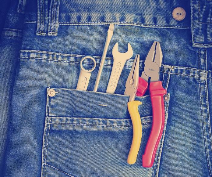Servicio de manitas: Servicios de MultiMontseny Serveis I Manteniments