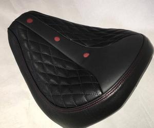 Tapicería personalizada de sillín de moto