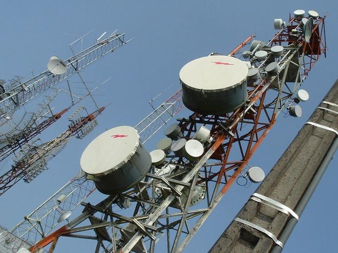 Antenas individuales y colectivas: Servicios de Telecomunicaciones Veo Todo