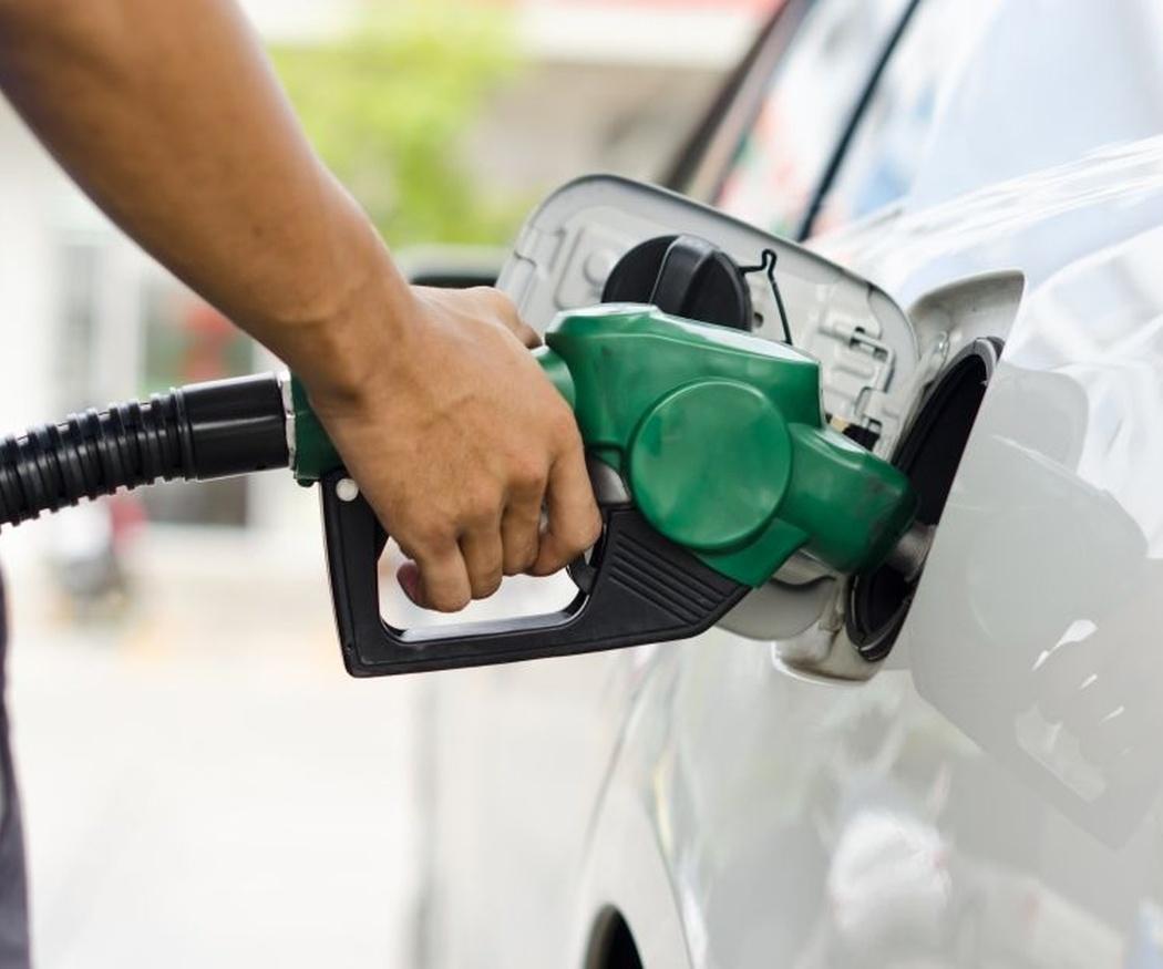 Ideas falsas sobre la gasolina que nos ha transmitido el cine