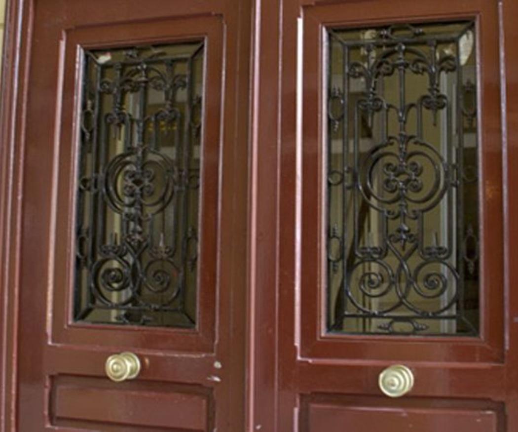 ¿Puertas clásicas o de estilo moderno?