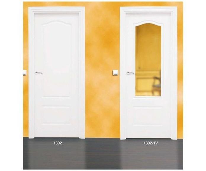 Modelo 1302 Puerta lacada de calidad estándar