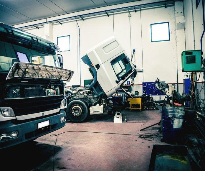 Reparación de camiones: Servicios de Talleres Reciscar