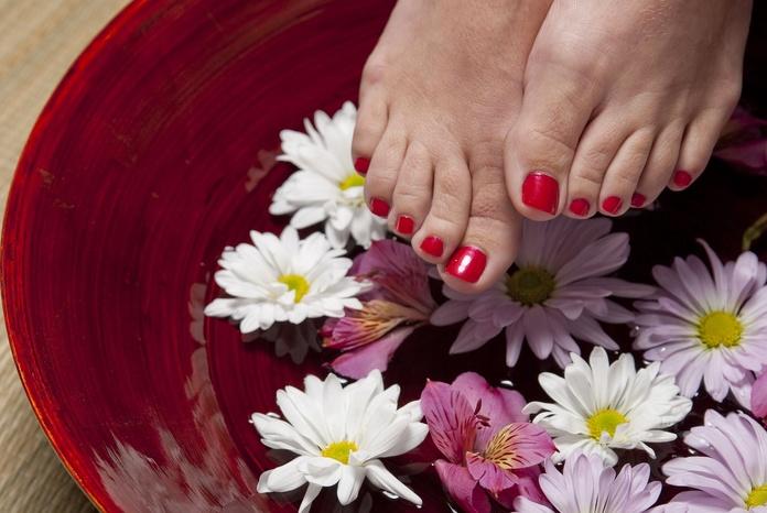 Pedicura: Tratamientos de Estetic and Nails by Eslava