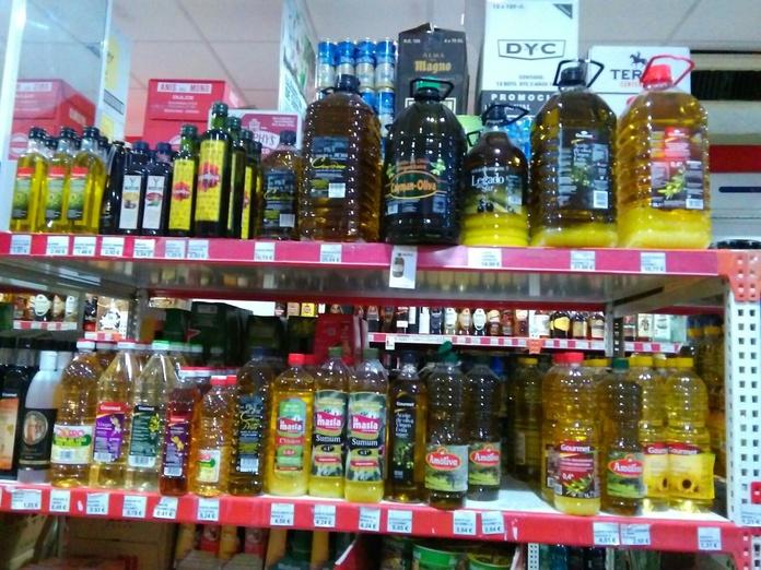Aceites y vinagres: Productos de Cash Tomelloso