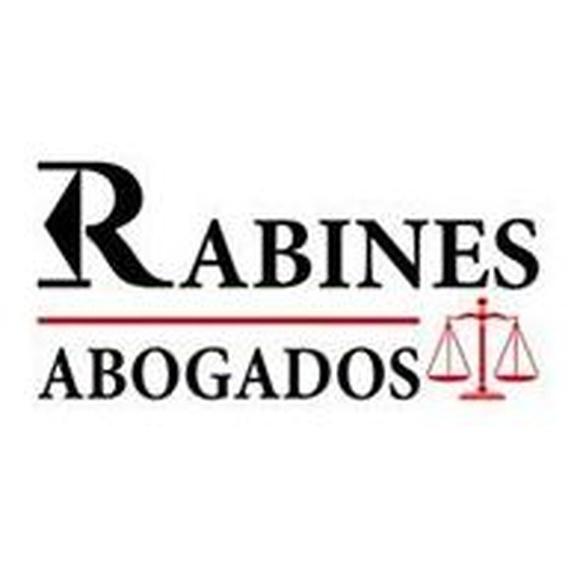 SENTENCIA ESTIMATORIA DE FAMILIAR COMUNITARIO CON ANTECEDENTES PENALES Y POLICIALES