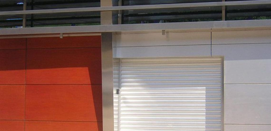 Instalación de puertas seccionales en Asturias