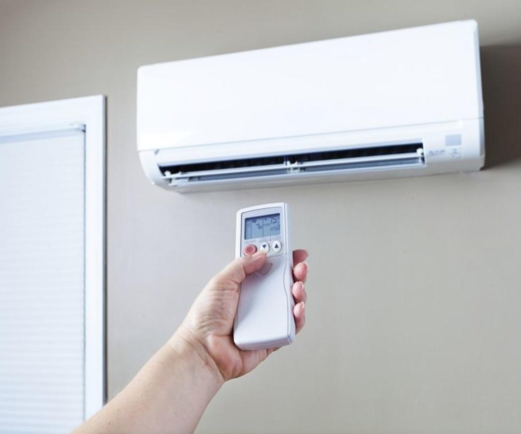 ¿Cómo se debe usar el aire acondicionado?
