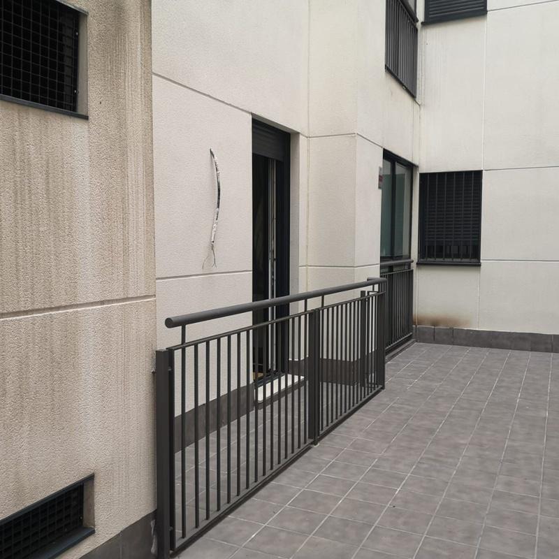 Cerramiento de terraza:  de Cerrajería Vefergal