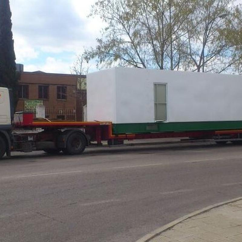 Otra maquinaria: Equipos a su servicio de Grúas y Transportes Gómez, S.L.