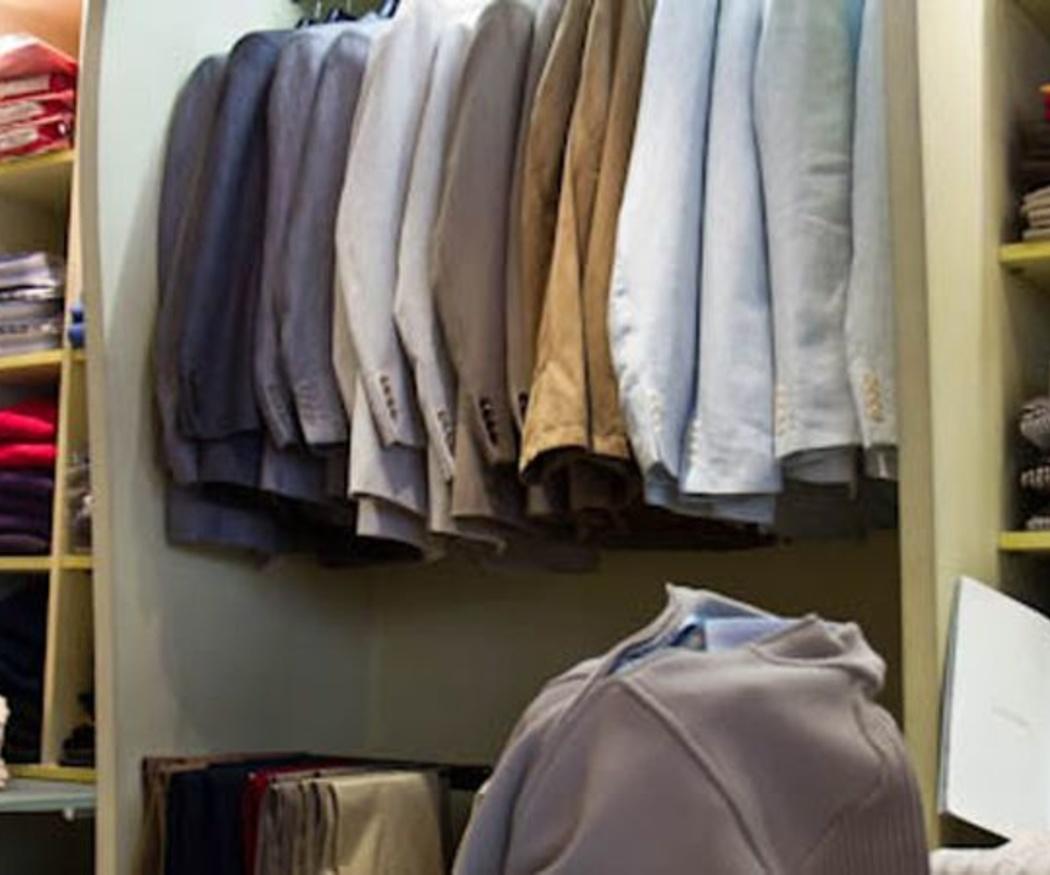 Organiza el interior de tu armario