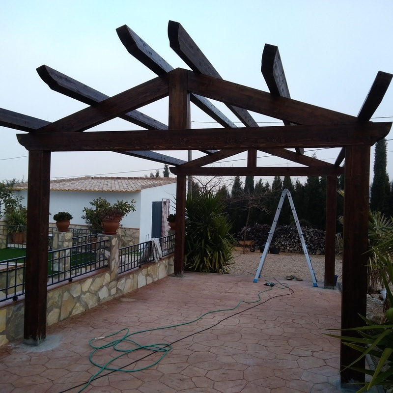 Cenadores de madera: Productos y materiales de Toca Madera