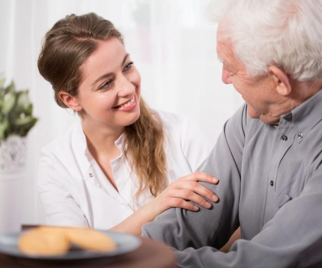 Cuidadores de mayores que no te fallarán