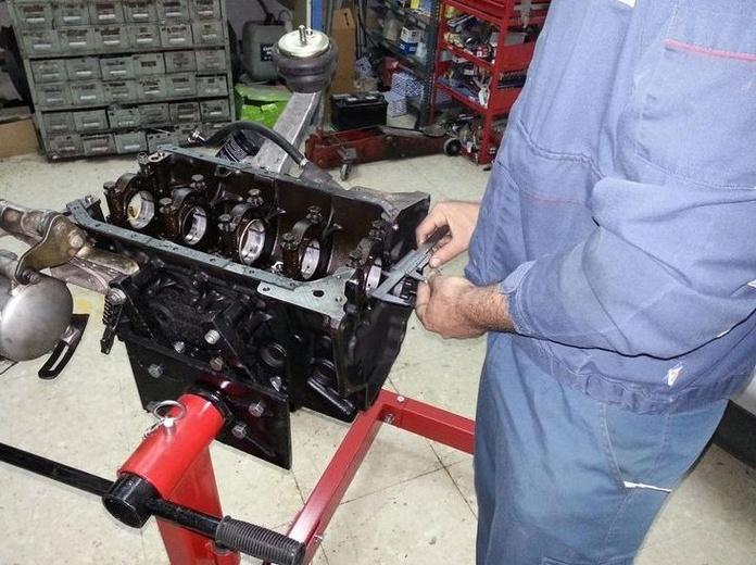 Servicio de suspensiones: Servicios  de Taller Mecánico Moreno Motor