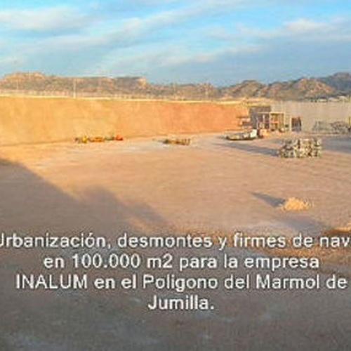 Desmontes y urbanización de terrenos http://www.movimientosdetierrasjumilla.es/es/