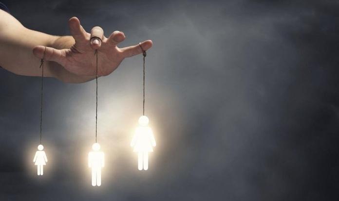 Manipulación inculpatoria: La técnica preferida de las personas que se ofenden por todo