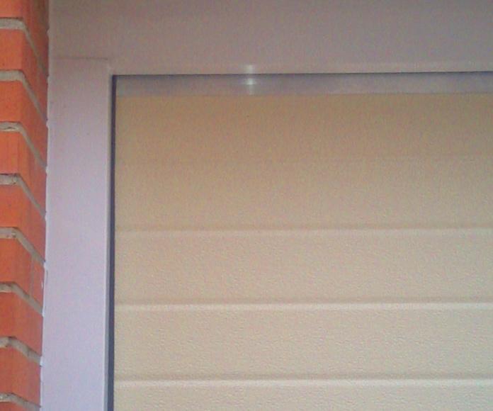 seccional crema , forro de marco existente con aluminio blanco ( sin obra )