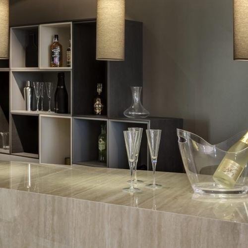 Diseño de mobiliario para negocios en Madrid
