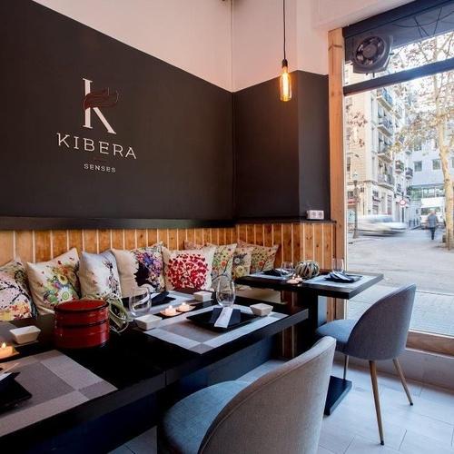 Restaurante de comida japonesa en Poble Sec, Barcelona