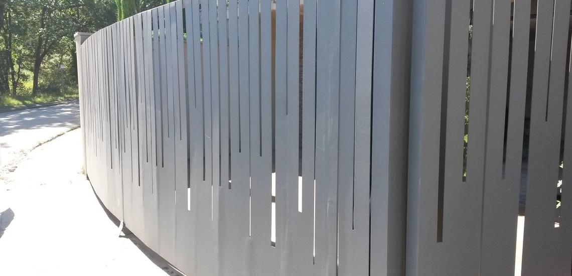 Automatismos y motores para puertas correderas en Girona
