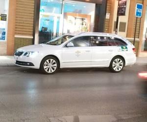 Taxi para traslados al tren o a hospitales en Linares
