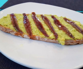 Morcilla de Burgos a la plancha: Carta de Bar Restaurante Doña Elena
