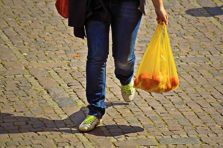 Cosas que podemos hacer para reutilizar las bolsas de plástico