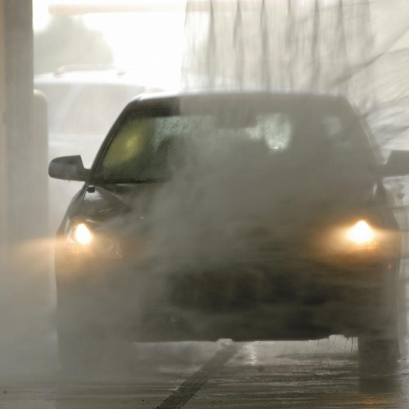 Lavadero de vehículos: Servicios de Neumáticos Berlá