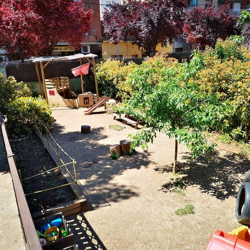 El patio: Servicios de Llar d'Infants Somnis