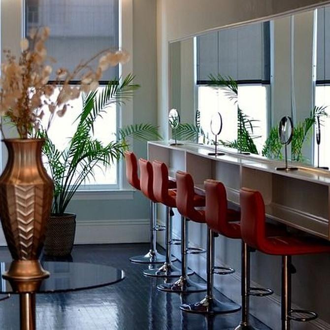 Pautas para elegir los espejos de tu salón