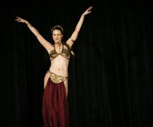 Por qué deberías practicar danza del vientre