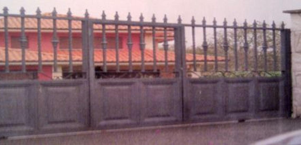 Puertas de acero inoxidable en Asturias