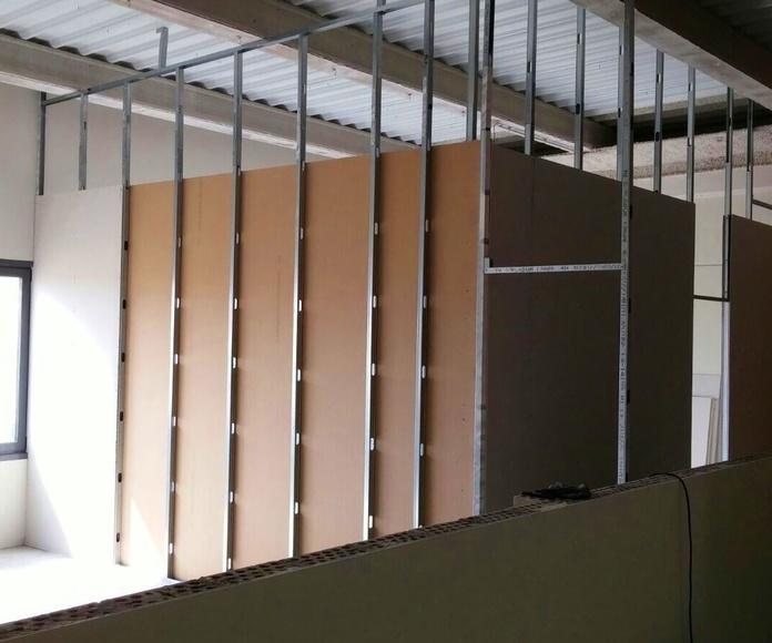 Oficinas de pladur en nave poligono industrial villaverde.