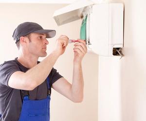 Todos los productos y servicios de Climatización: Instalaciones y Servicio Técnico Ballester