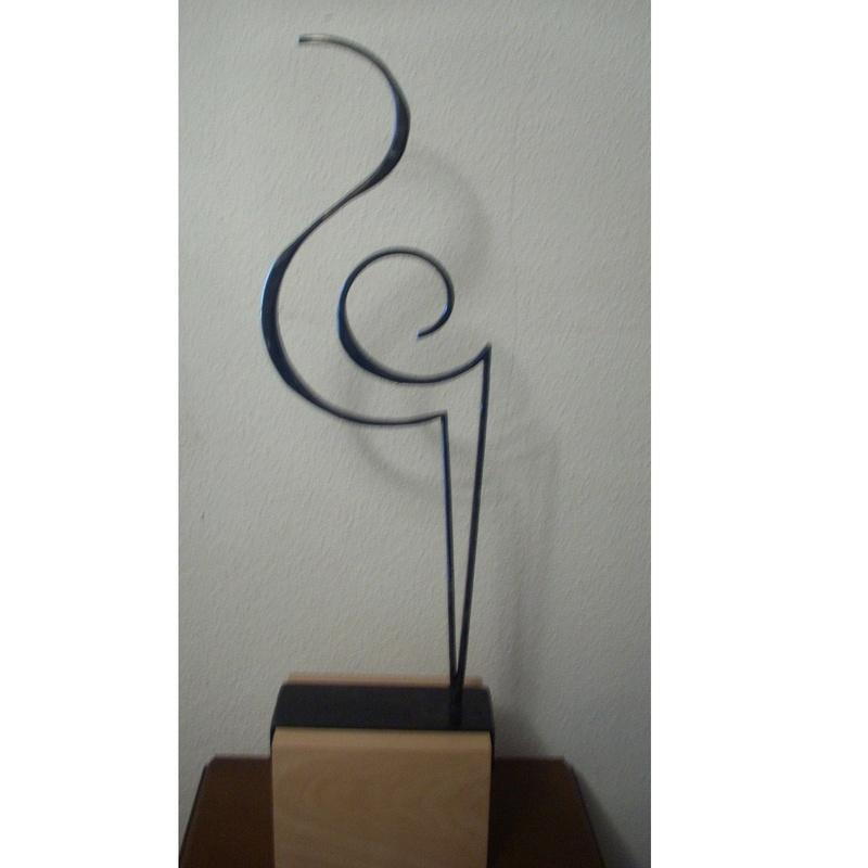 Arabescos: Esculturas de Antonia Dávalos