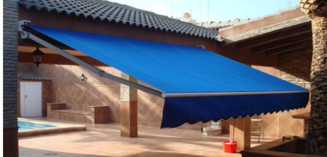 Instalación de toldos cofre en Pozuelo de Alarcón
