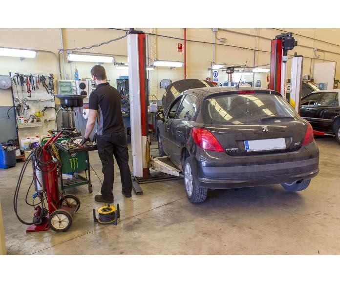 Cambio de aceite: Servicios de Talleres Pauton