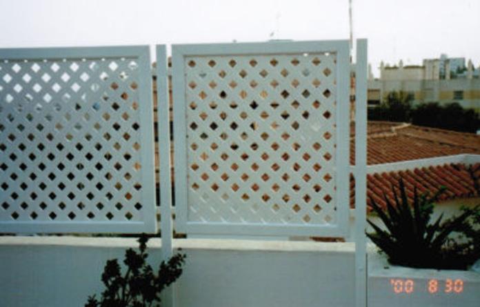 Celosías rombos pvc: Catálogo de Aluminios Aludecor Marbella