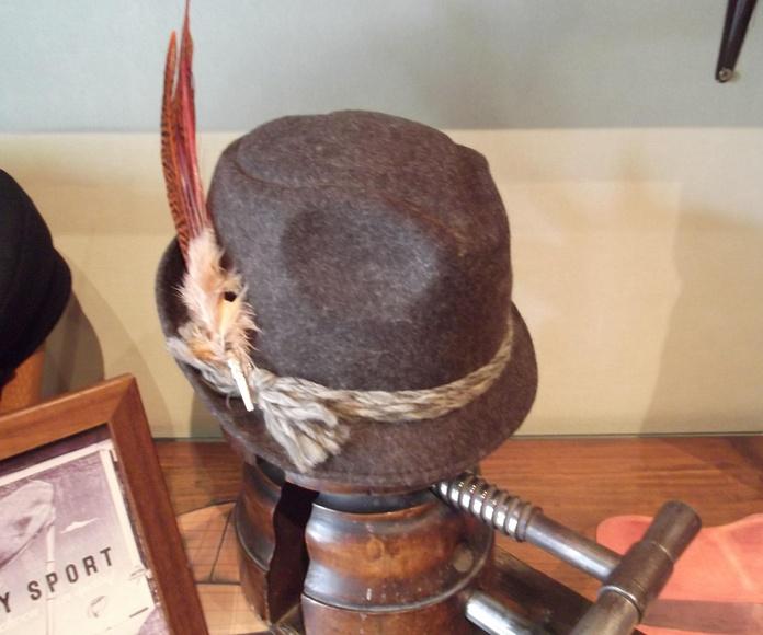 Sombrero tiroles lana mujer.