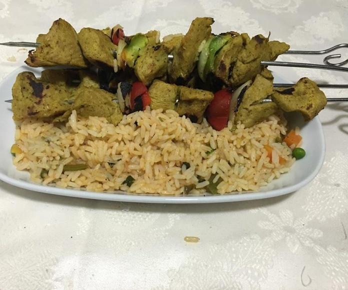 Ponchis vegetarianos y arroz vegetal.Los cedros . Las palmas