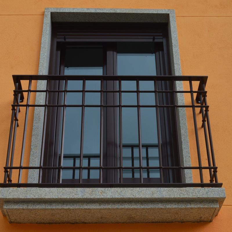 Balcon barrote forja