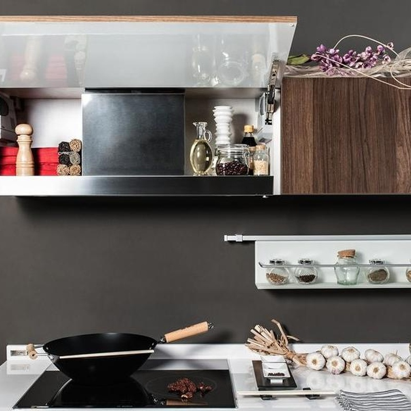 Cocina Delta mod. Kala detalle del extractor integrado en el mueble