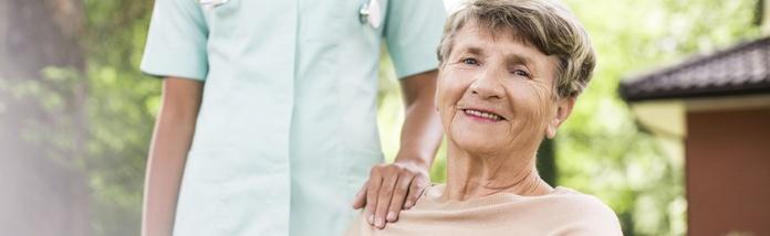 Médico : Nuestros Servicios  de Residencia Hotel para Mayores Virgen del Socorro